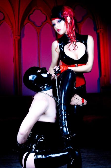 Mimi Cherry - Photo by Philip Faith
